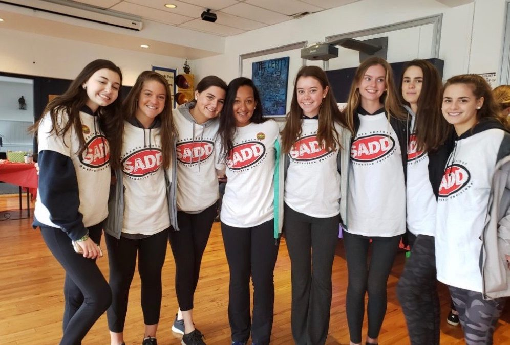 SADD (Students Against Destructive Decisions) – High School